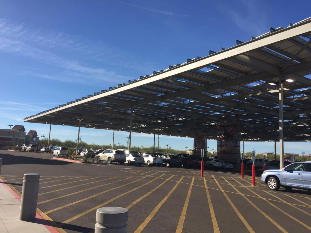 Fry's Marketplace 657 with Solar Parasole